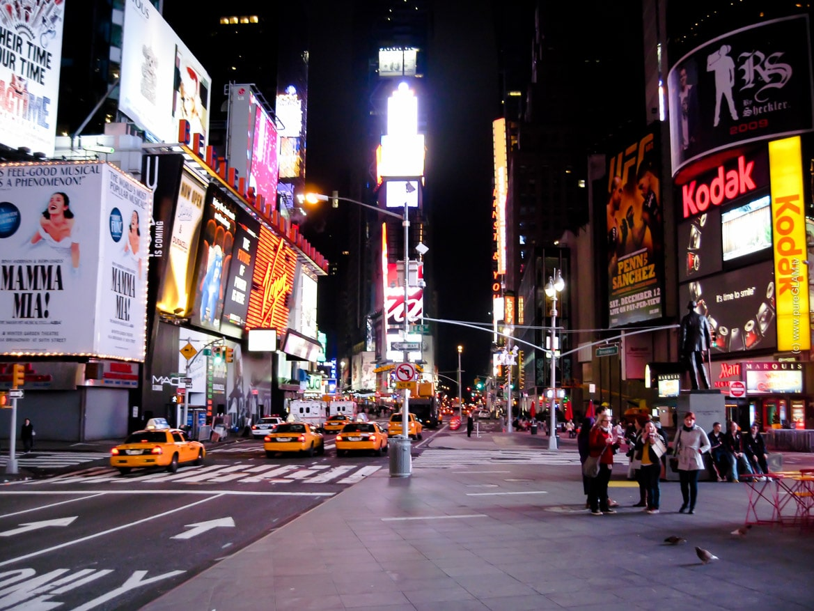 New York - Black Friday Shopping Events - Best of Manhattan - Broadway und Times Square - Sales und Rabatte - Shopping Tipps