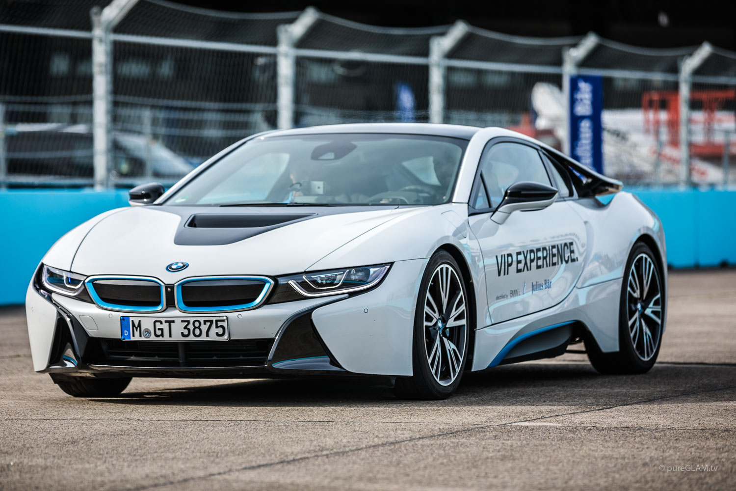 HarmanKardon GetElectrified Formula E Grand Prix Berlin - BMW Motorsport Event und Driving Experience mit BMW i8 ECar - Besuch bei MS Amlin Andretti Racing Team - FIA Formula E - Electric Streetracing - Grid Girl - Speed Event